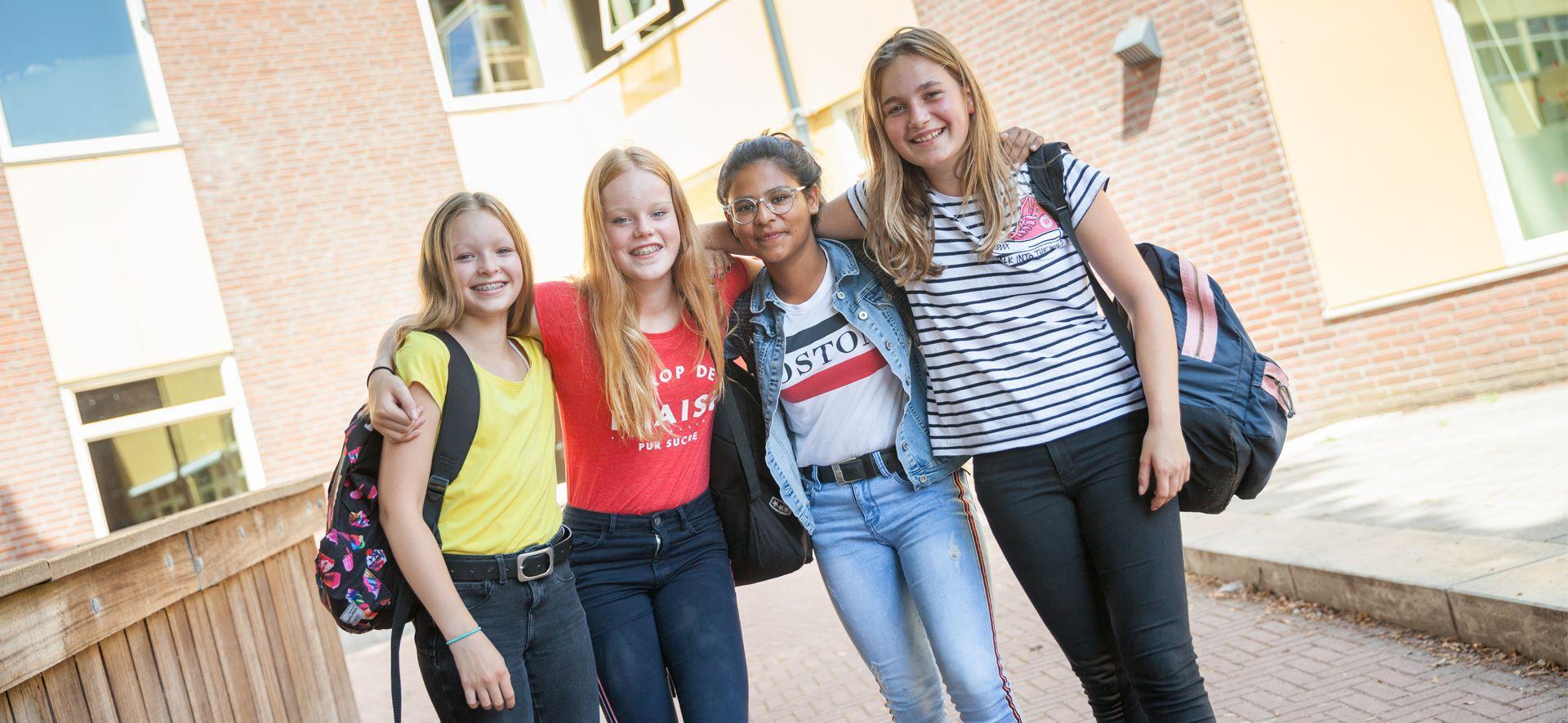 https://www.ubboemmius.nl/wp-content/uploads/2018/09/20180820_Ubbo_online_beeldmateriaal_13_leerlingenraad.jpg