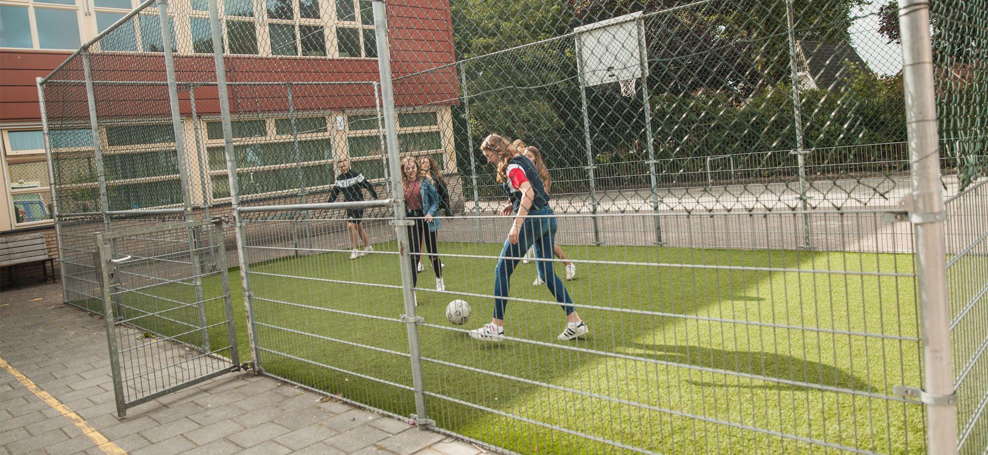 https://www.ubboemmius.nl/wp-content/uploads/2018/09/20180823_Ubbo_online_beeldmateriaal_bronbestand_17_KB_sport-1.jpg