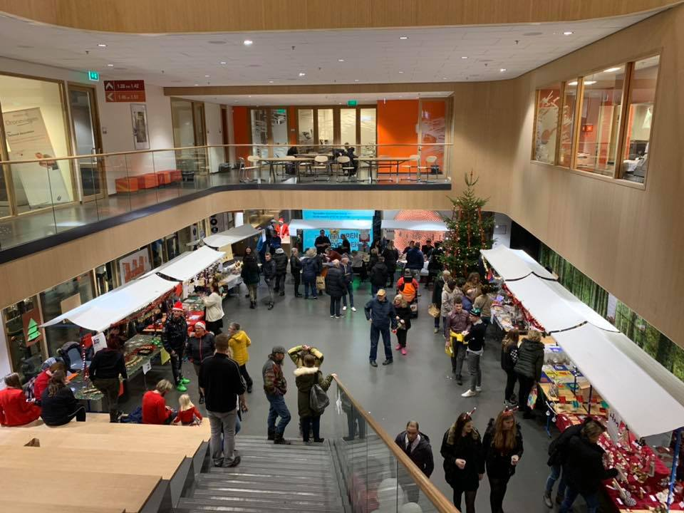 https://www.ubboemmius.nl/wp-content/uploads/2020/01/kerstmarkt.jpg